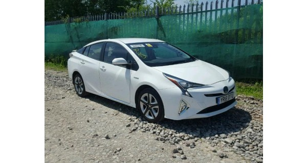 TOYOTA PRIUS 1800 CC HYBRID ELECTRIC AUTOMATIC PETROL 5 DOOR HATCHBACK BREAKING SPARES NOT SALVAGE 2018