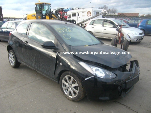 MAZDA 2 1300 CC 5 SPEED MANUAL PETROL 3 DOOR HATCHBACK 2008 BREAKING SPARES NOT SALVAGE
