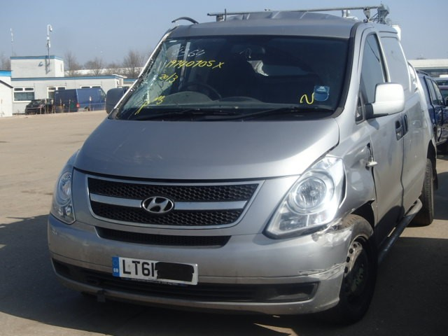 HYUNDAI i LOAD ILOAD CRDi 2500 CC 6 SPEED MANUAL DIESEL 2011 BREAKING SPARES NOT SALVAGE