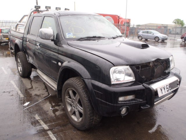 MITSUBISHI L200  ANIMAL 4x4 PICKUP 2500 CC BLACK DIESEL 4 DOOR 2006