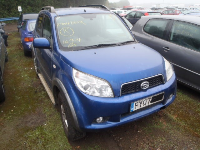 DAIHATSU TERIOS SX 1500 PETROL 5 DOOR HATCHBACK 2007 BREAKING SPARES NOT SALVAGE