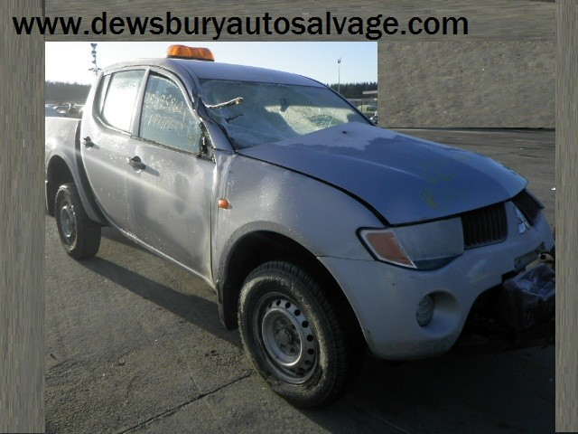 MITSUBISHI L200 DID 2500 CC 4 WORK D/C TURBO DIESEL PICK-UP 2010 BREAKING PARTS