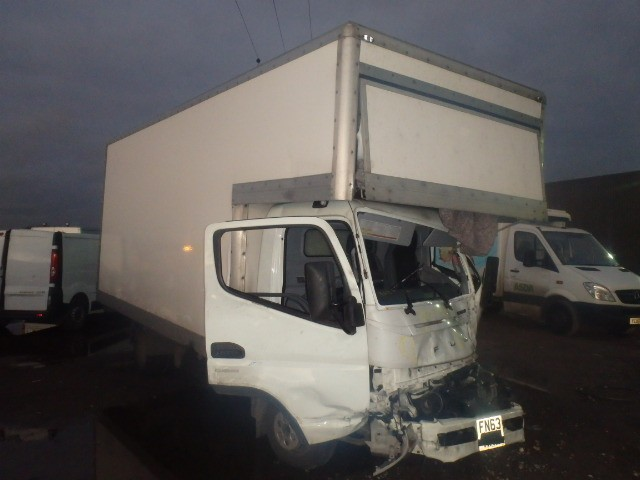 MITSUBISHI FUSO CANTER 3C15 34 AUTO WHITE BOX VAN DIESEL 6 SPEED 3000 CC BREAKING SPARES PARTS 2013