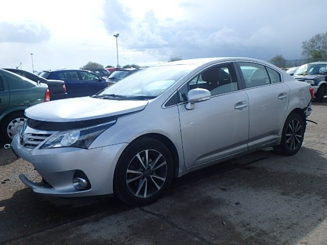 TOYOTA AVENSIS  D-4D 2000 CC 6 SPEED MANUAL 4 DOOR SALOON BREAKING SPARES NOT SALVAGE 2014