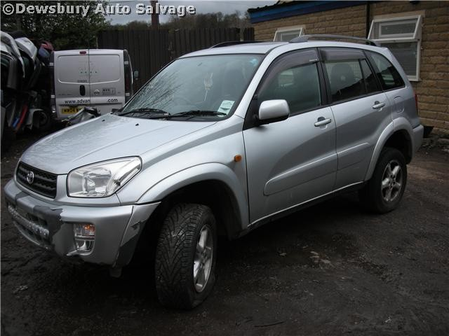 toyota rav 4 d4d 2000 2003 silver manual turbo diesel 5door. Black Bedroom Furniture Sets. Home Design Ideas
