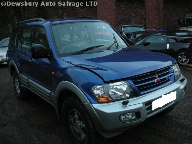MITSUBISHI SHOGUN  3200 2002 SILVER Manual Turbo Diesel 3Door
