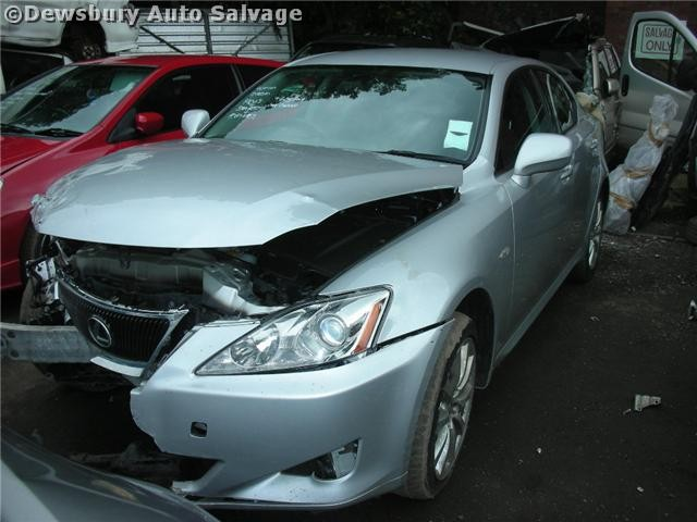 LEXUS IS220 2200 CC SILVER MANUAL DIESEL 4DOOR 2010.
