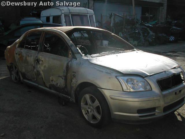 TOYOTA AVENSIS  1800 2005 SILVER Manual Petrol 5Door