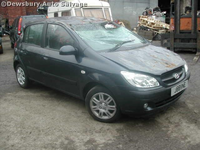 HYUNDAI MATRIX  1500 2005 GREEN Manual Petrol -