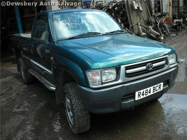 TOYOTA HILUX D4D 2400 2002 SILVER Manual Turbo Diesel 2Door