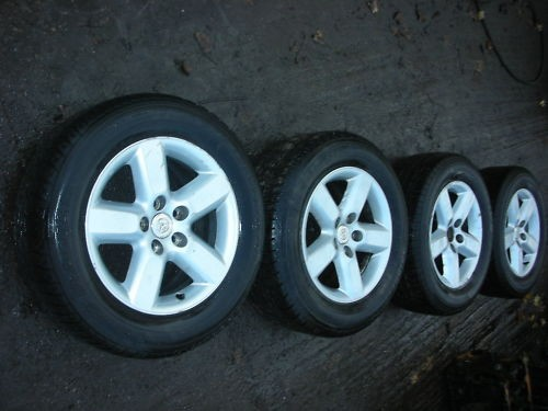 "TOYOTA RAV 4 RAV-4 16"" 5 STUDS ALLOY WHEELS AND TYRES 2005."