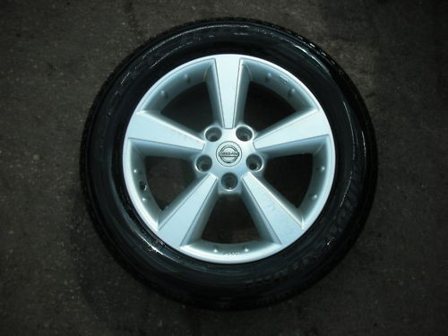 "NISSAN QASHQAI 5 SPOKE 17"" ALLOY WHEELS AND TYRES 2010."