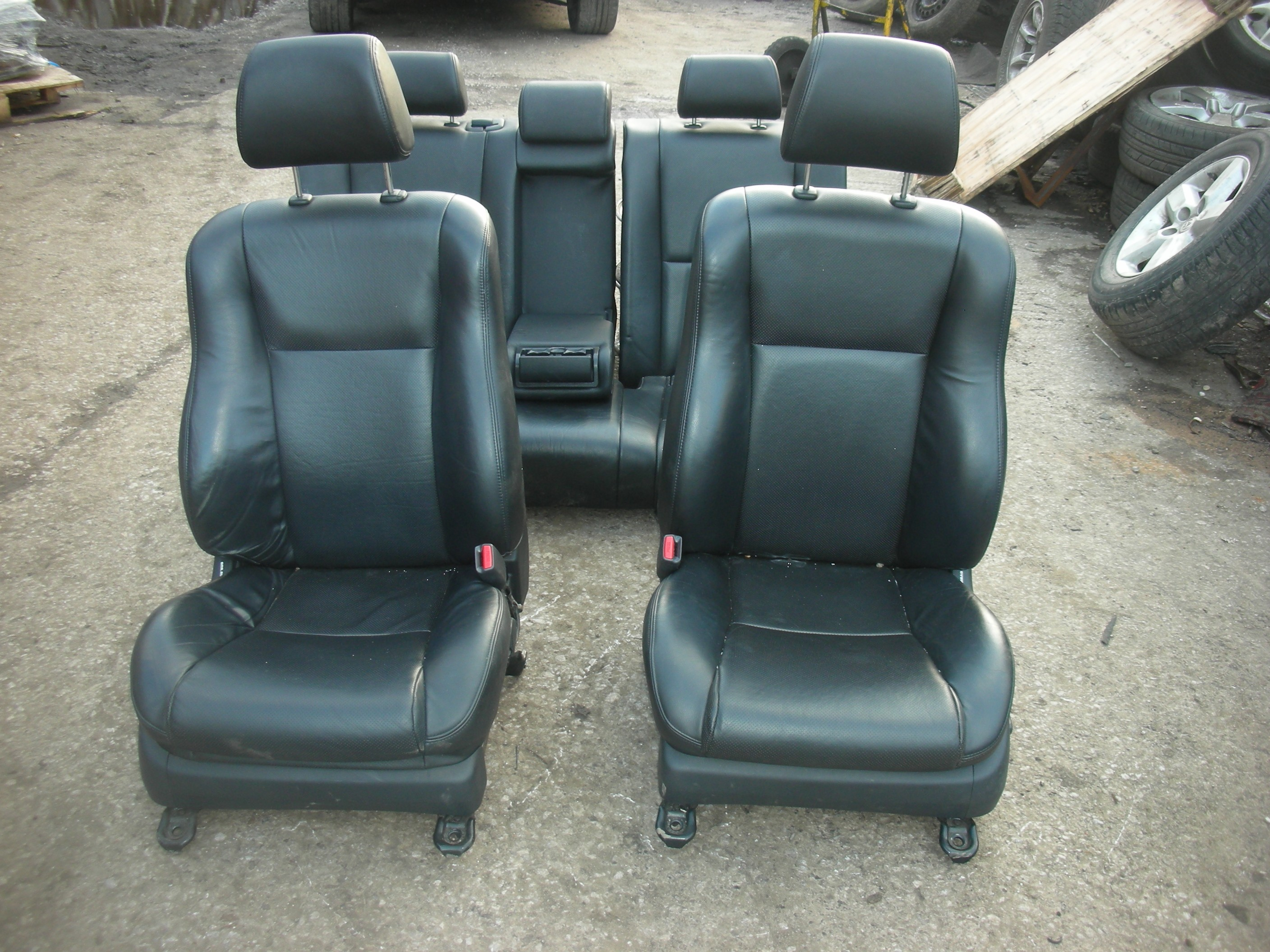 toyota avensis d4d black leather seats interior 2003 2008. Black Bedroom Furniture Sets. Home Design Ideas
