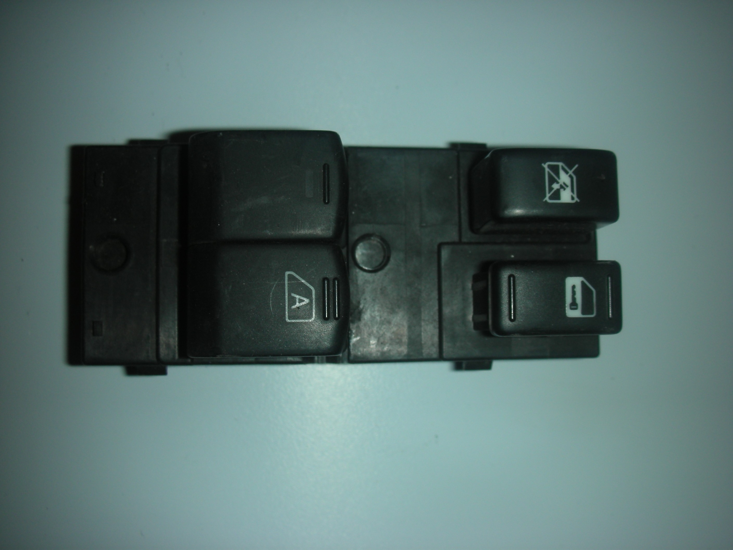 NISSAN 350-Z DRIVER SIDE FRONT WINDOW SWITCHES 1993-1996