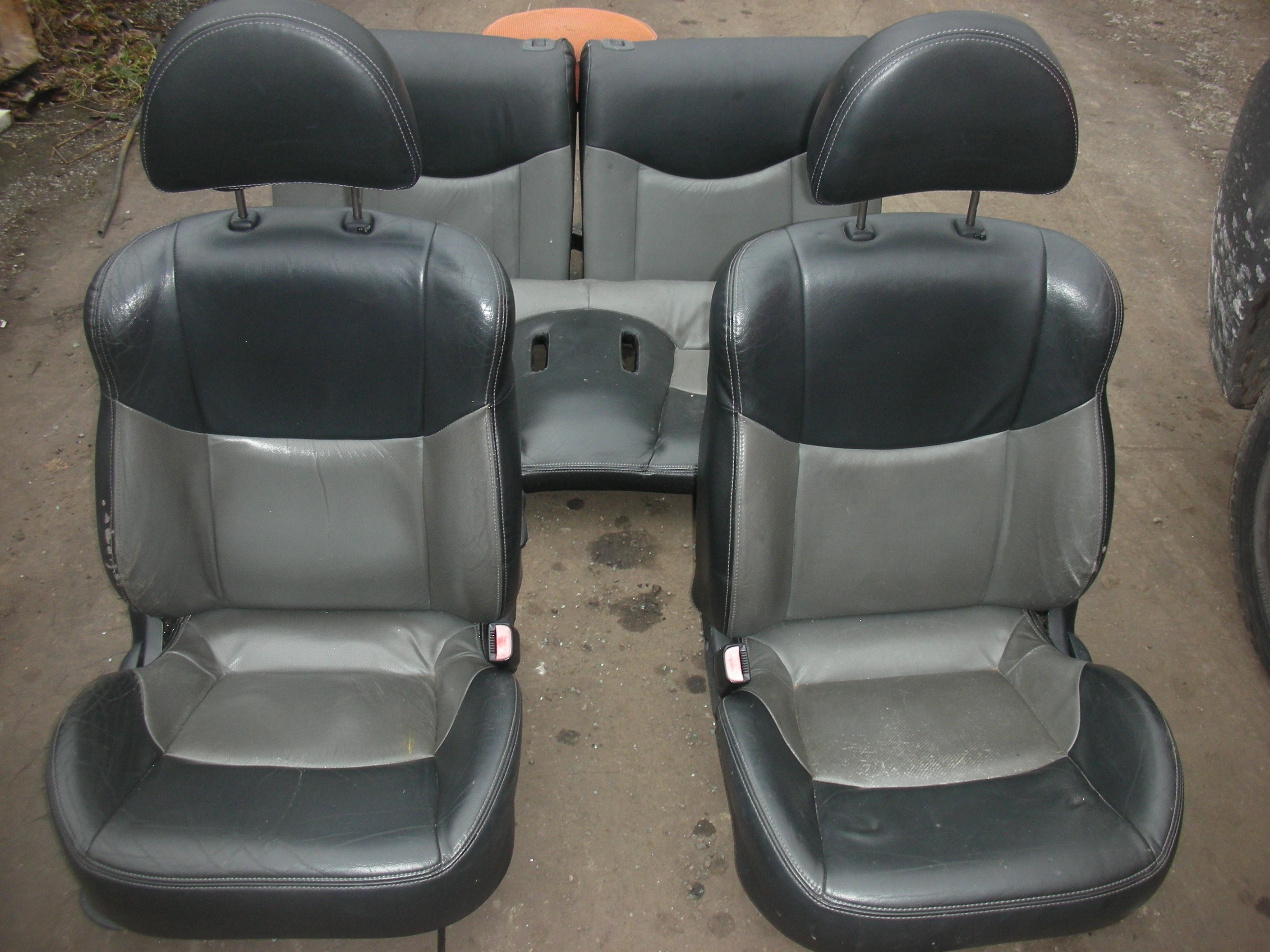 HYUNDAI COUPE 3 DOOR LEATHER SEATS INTERIOR 1998-2002.