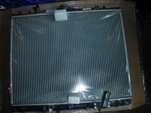 MITSUBISHI L200 2500 CC  MANUAL RADIATOR 2001-2006