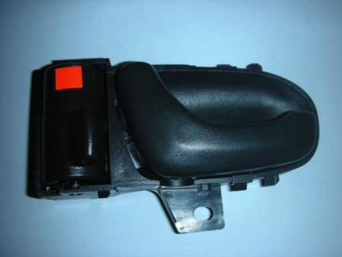 SUZUKI SWIFT PASSENGER SIDE FRONT INNER DOOR HANDLE 1994-2003.