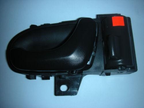SUZUKI SWIFT DRIVER SIDE FRONT INNER DOOR HANDLE 1994-2003.
