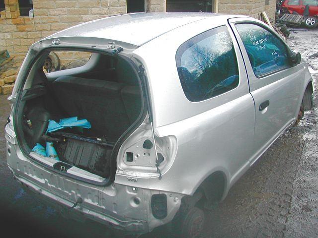 TOYOTA YARIS T3 1000 2005 BLUE Manual Petrol 3 Door
