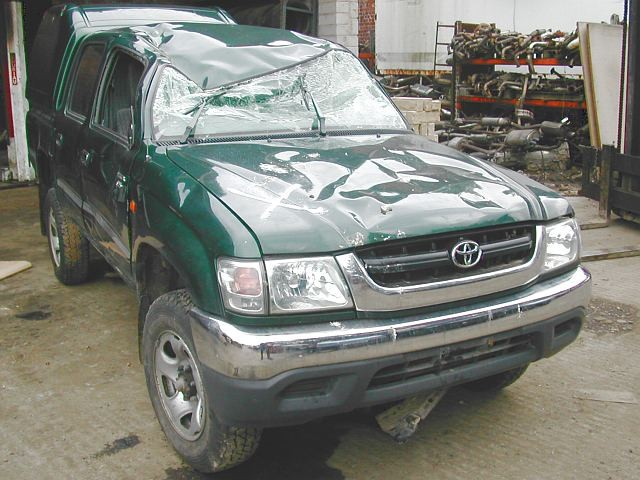 TOYOTA HILUX  2500 2004 BLUE Manual Turbo Diesel -