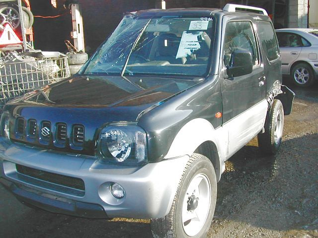 SUZUKI JIMNY 1300 CC 5 SPEED MANUAL PETROL 3 DOOR 2006 BREAKING SPARES NOT SALVAGE
