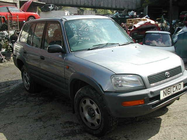 TOYOTA RAV-4 GX 2000 1996 GREEN Manual Petrol 3 Door