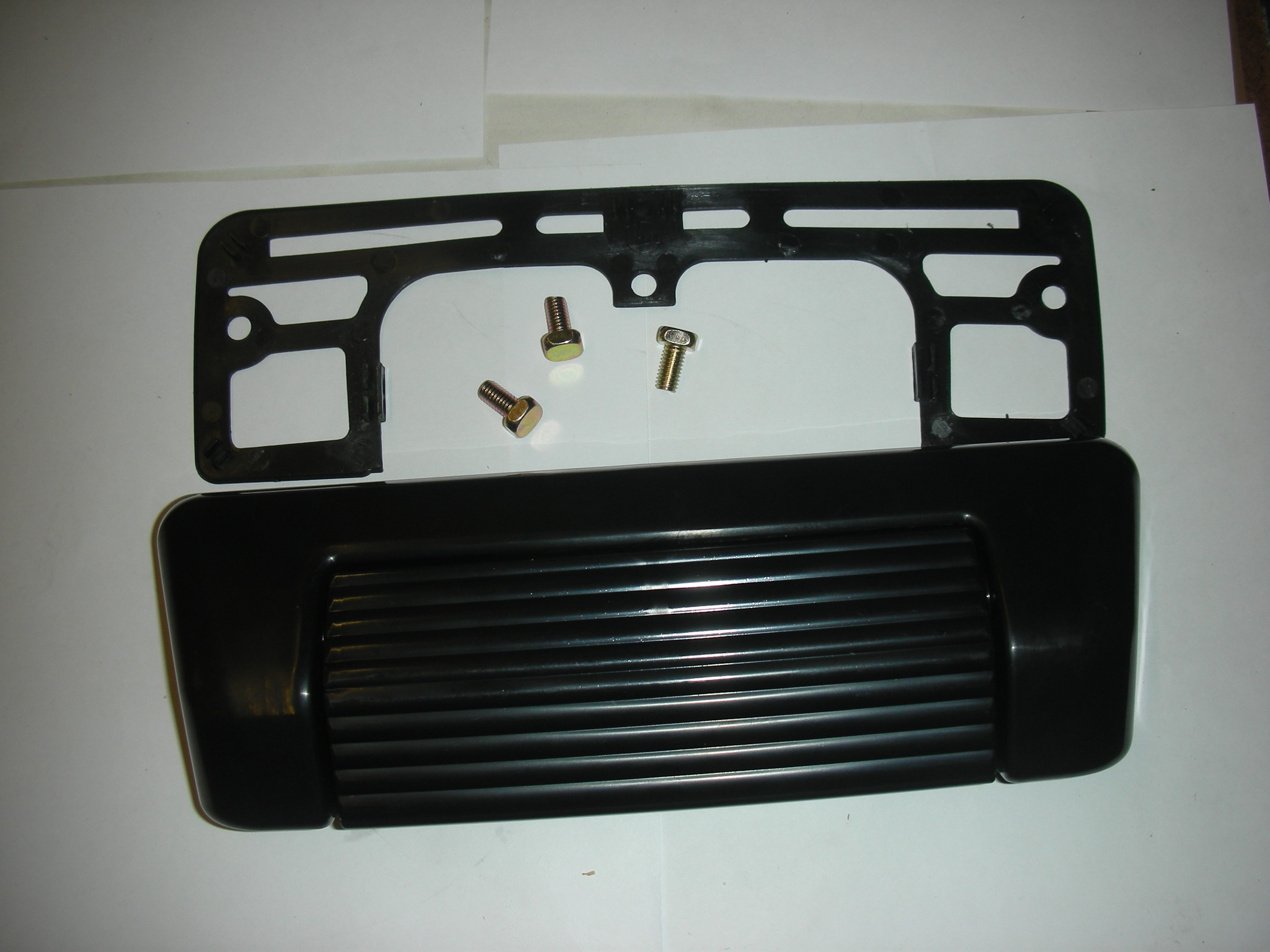 SUZUKI VITARA TAILGATE BACK DOOR HANDLE 1989-1998.
