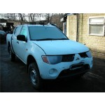MITSUBISHI L200 DID 2500 CC MANUAL TURBO DIESEL 4 DOOR WHITE SPARES BREAKING PARTS 2007.