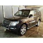 MITSUBISHI SHOGUN SG4 AUTOMATIC BLACK 3200 CC ESTATE 2016 BREAKING SPARES NOT SALVAGE