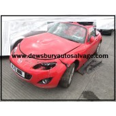 MAZDA MX5 ROADSTER SE CONVERTIBLE 1800 CC MANUAL RED PETROL 2010