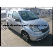 TOYOTA YARIS VERSO 1300 CC PETROL MANUAL SILVER 5 DOOR HATCHBACK 2000.