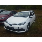 TOYOTA AURIS 1800 CC HYBRID AUTOMATIC WHITE 5 DOOR ESTATE 2015.