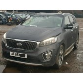 KIA SORENTO KX 2200 CC 6 SPEED GREEN MANUAL AUTOMATIC BREAKING SPARES NOT SALVAGE 2015