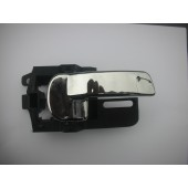 NISSAN QASHQAI PASSENGER SIDE INNER REAR DOOR HANDLE IN HALF CHROME 2007-2011.